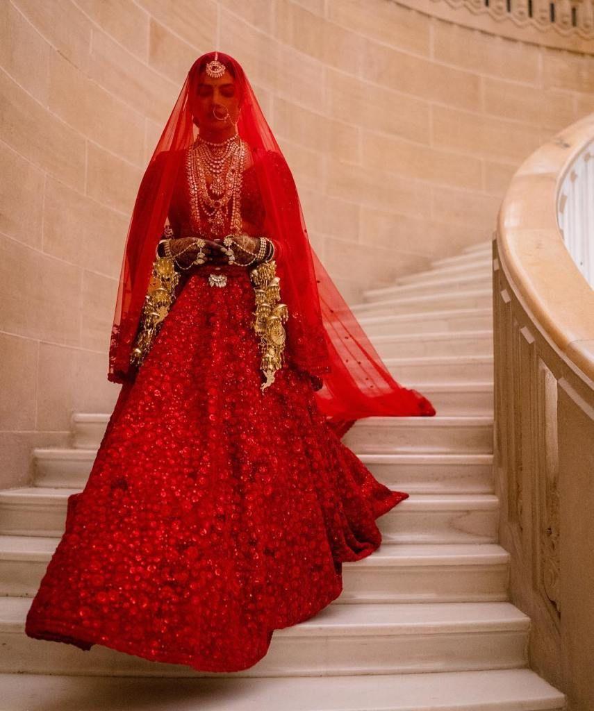 red bollywood lehenga choli- shopkund